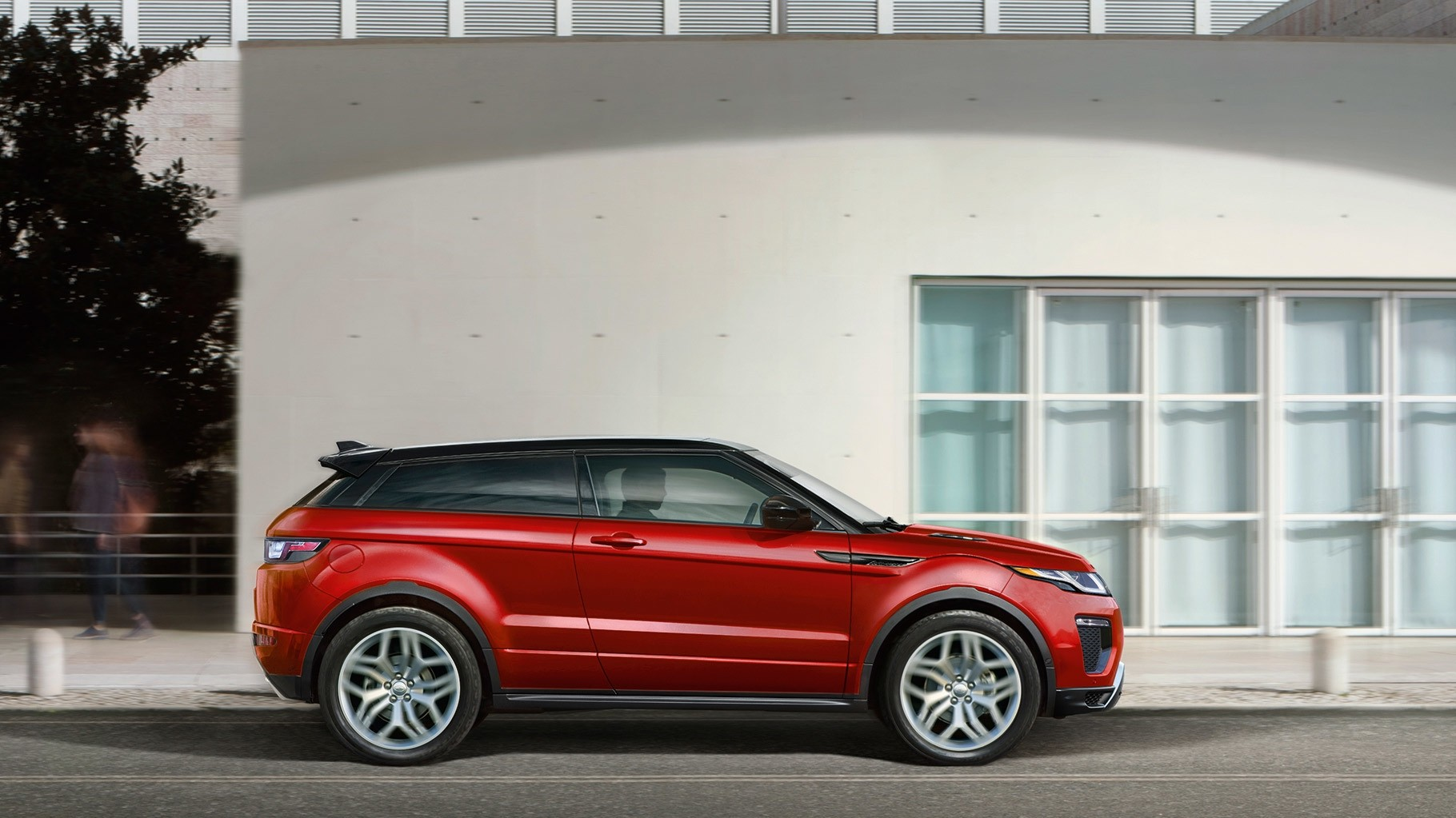 2017 Land Rover Range Rover Evoque Exterior side profile