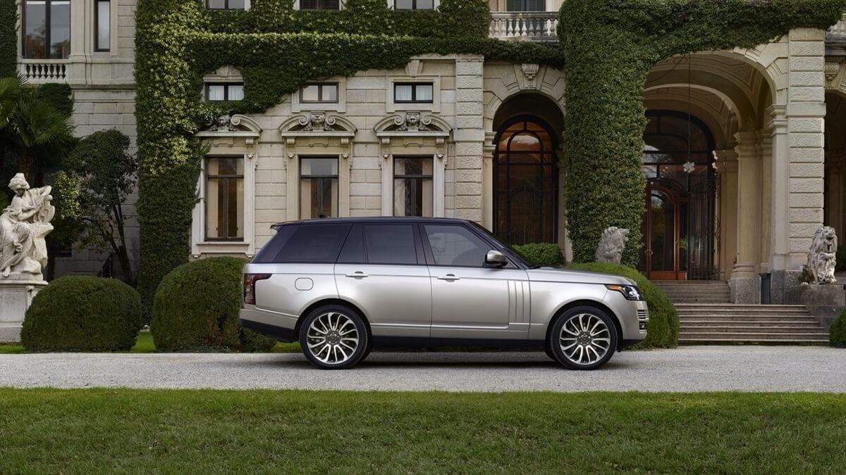 2017 Land Rover Range Rover side exterior