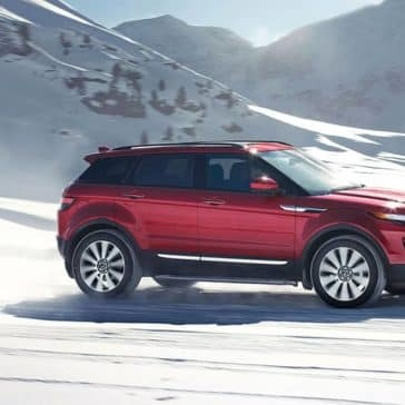 2019 Range Rover Evoque In Snow
