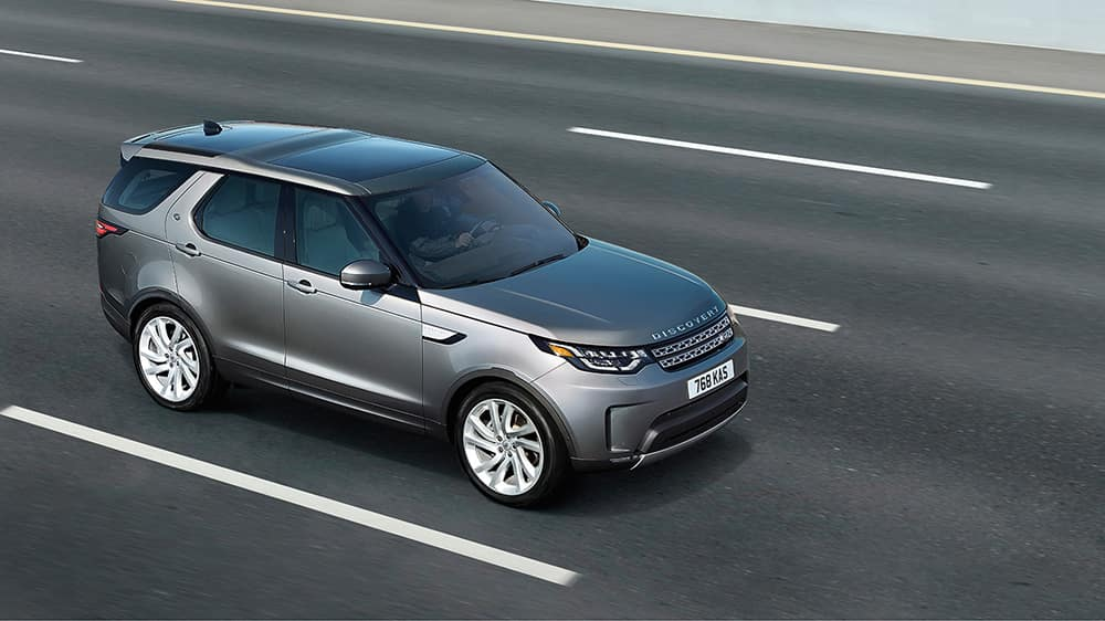 2019-land-rover-discovery-hwy
