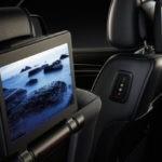 2017-Jeep-Grand-Cherokee-Interior-Entertainment-System-700x340