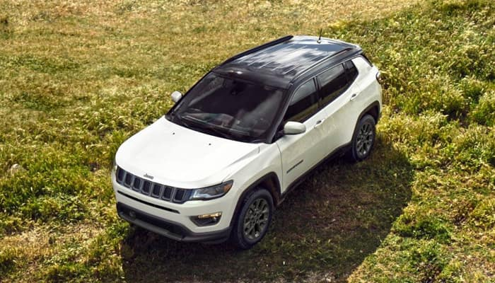 Finance a Jeep Compass from Larry Roesch CDJR