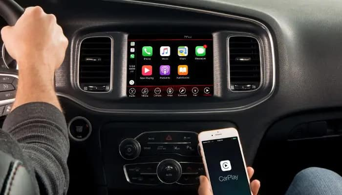 Apple CarPlay available in the 2019 Dodge Charger