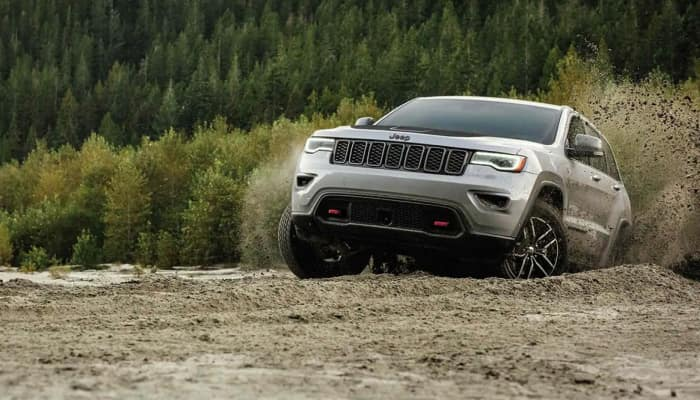 The 2019 Jeep Cherokee is ready for any terrain