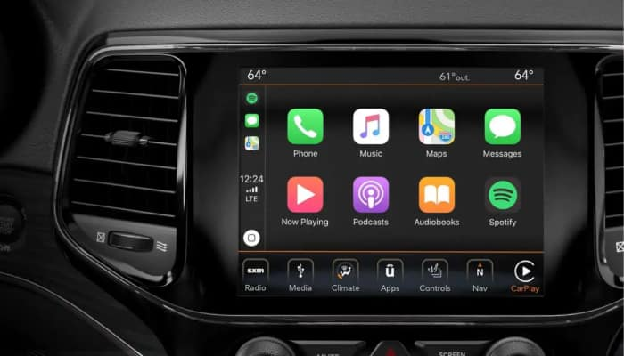 The 2019 Jeep Grand Cherokee equipped with Apple CarPlay