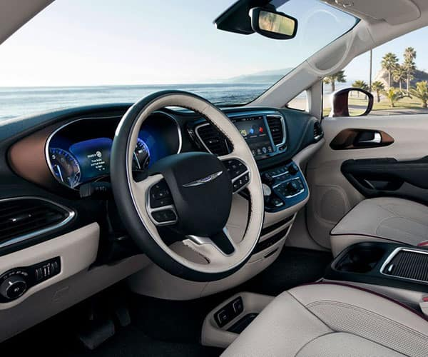 2018-chrysler-pacifica-interior-by-ocean