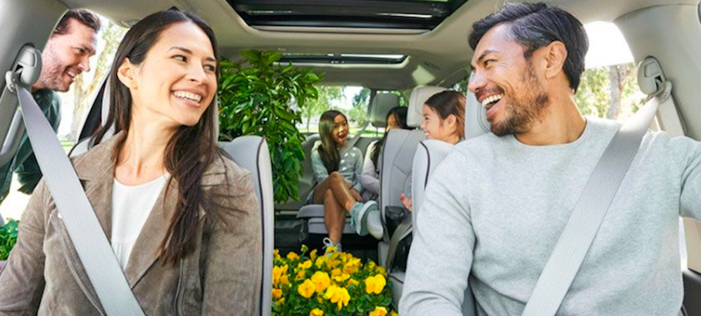 Family Inside 2018 Chrysler Pacifica