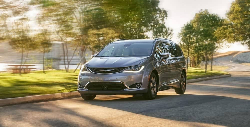 2019 Chrysler Pacifica Driving