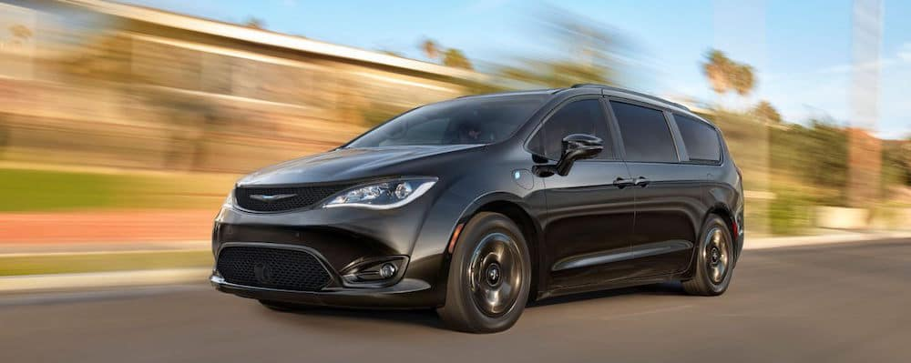 Lees Summit Jeep >> 2020 Chrysler Pacifica Towing Capacity | How Much Can This ...