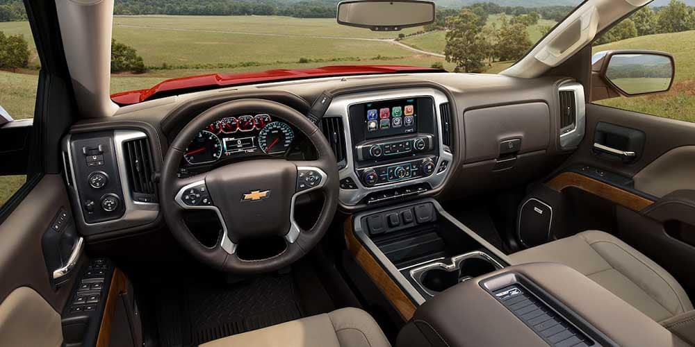 2018 Chevy Silverado 1500 interior space