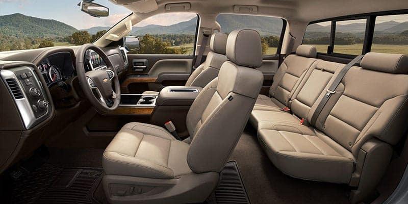 2018-silverado-1500-interior-seats
