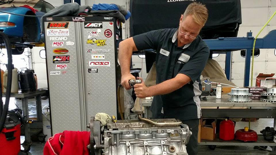 Libertyville-Chevrolet-Service-Technician