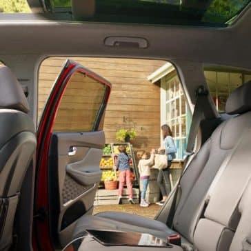 2019-Hyundai-Santa-Fe-leather-interior