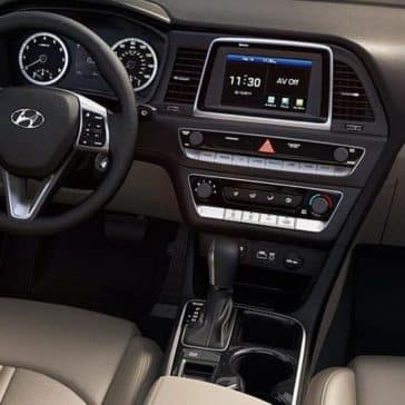 2019-Hyundai-Sonata-Interior-Dashboard