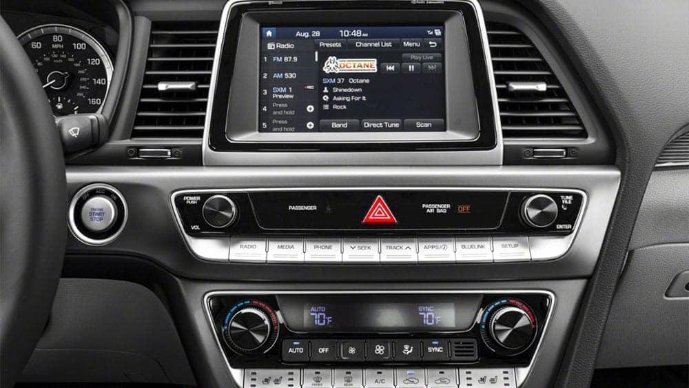 2019-Hyundai-Sonata-Radio
