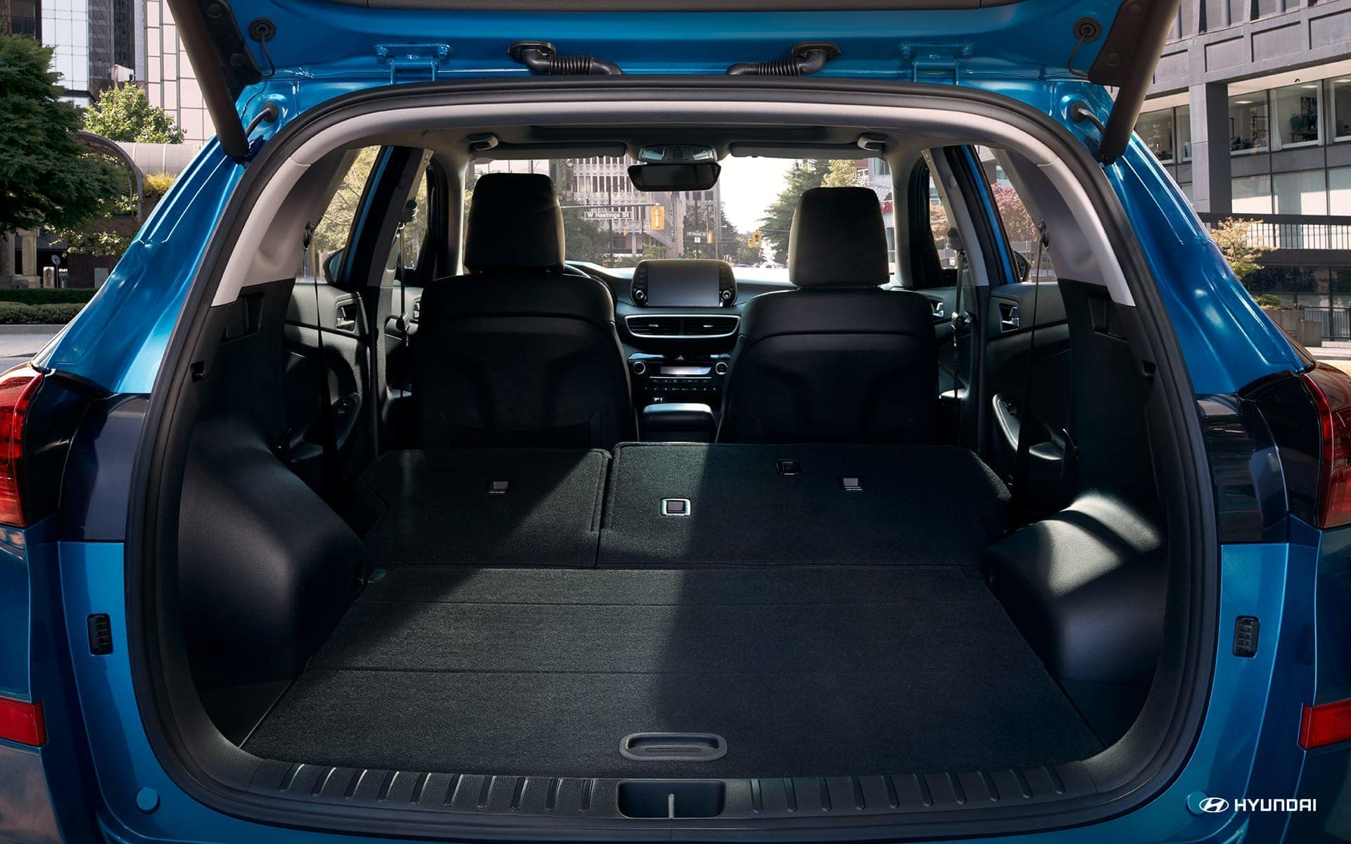 2019-Hyundai-Tucson-fold-down-rear-seats