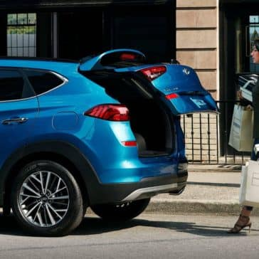 2019-Hyundai-Tucson-hands-free-smart-liftgate