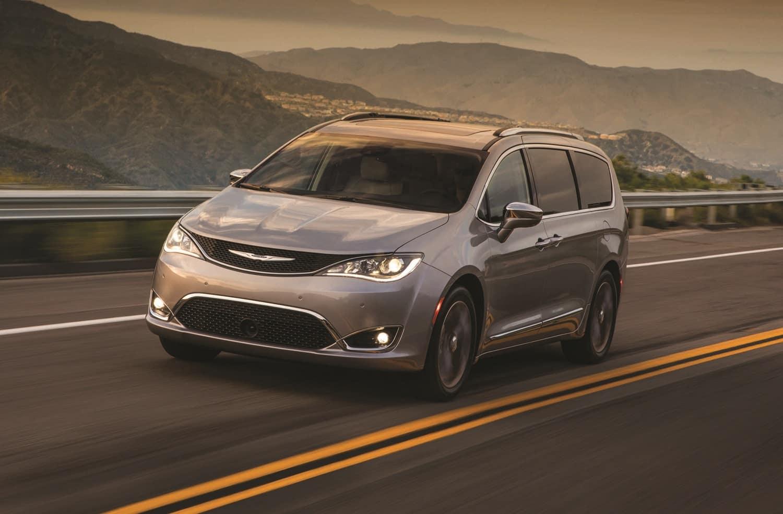 Chrysler Pacifica for Sale near Oak Lawn, IL
