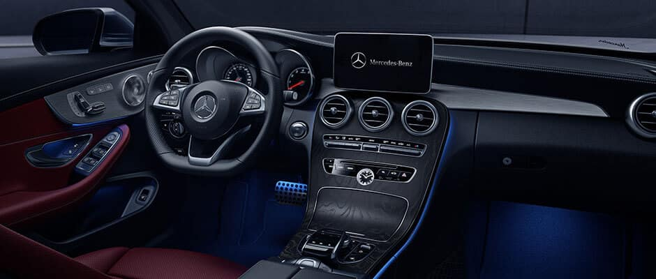 2018 Mercedes-Benz C-Class dashboard