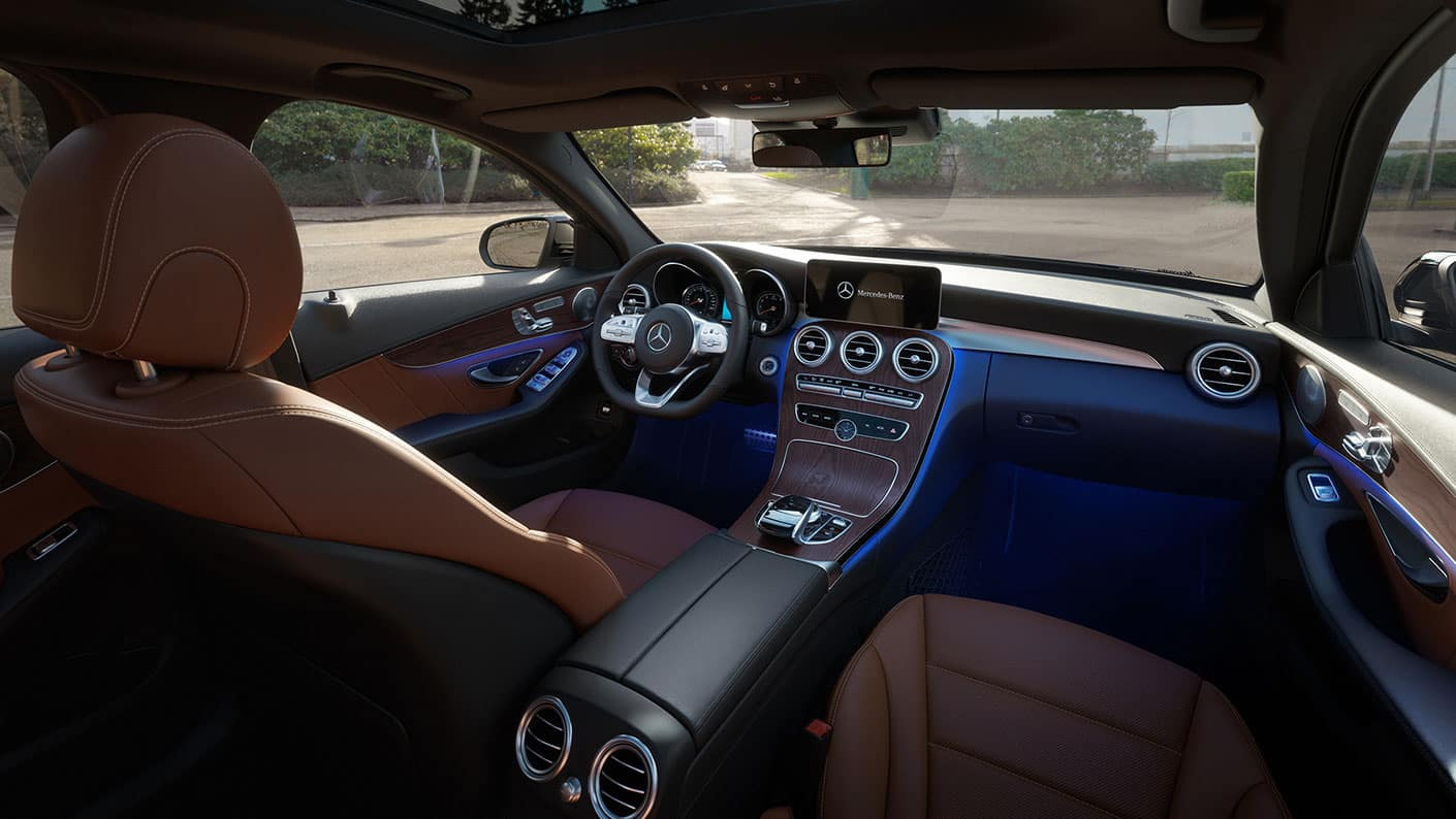 2019 Mercedes-Benz C-Class dashboard