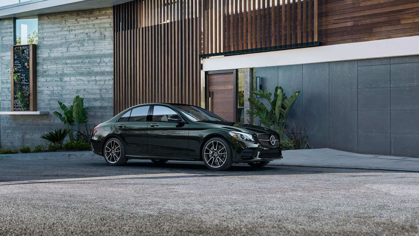 2019 Mercedes-Benz C-Class by modern building