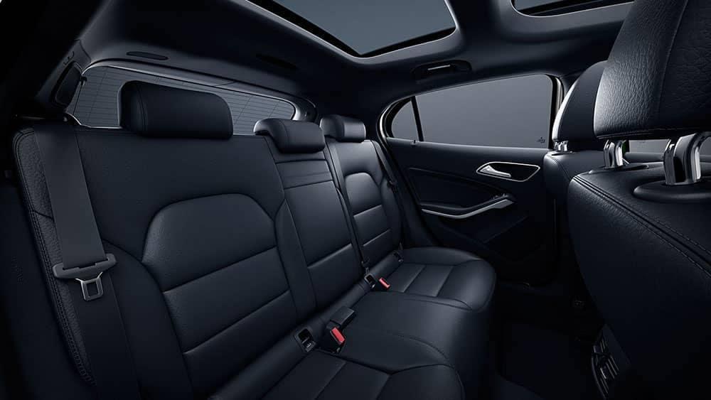 2019-Mercedes-Benz-GLA-interior-seating