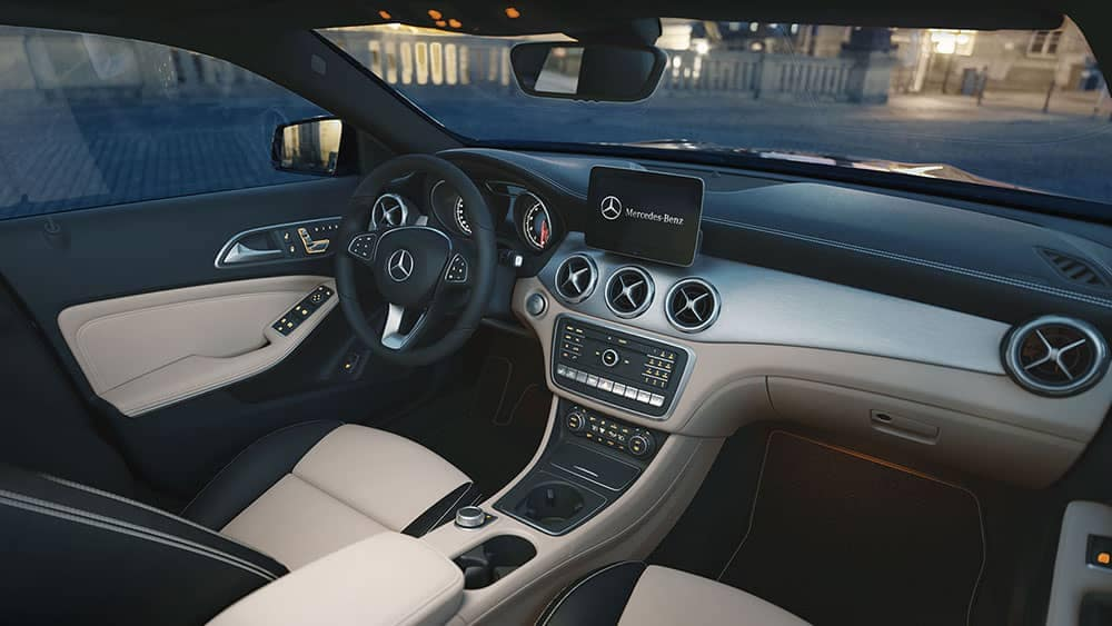 2019 Mercedes-Benz GLA gray interior