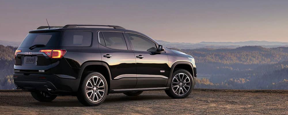 2019 GMC Acadia on cliff