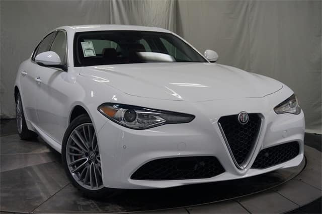 2018 alfa romeo giulia ti lusso luxury sedan for sale near denver. Black Bedroom Furniture Sets. Home Design Ideas