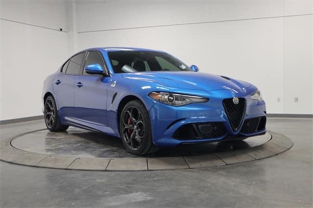 Gently pre-owned 2018 Alfa Romeo Giuila Quadrifoglio