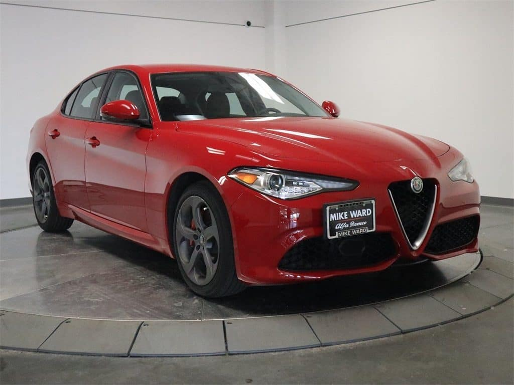 Alfa Romeo Giulia Msrp >> Gently Used 2017 Alfa Romeo Giulia Sedan For Sale Near