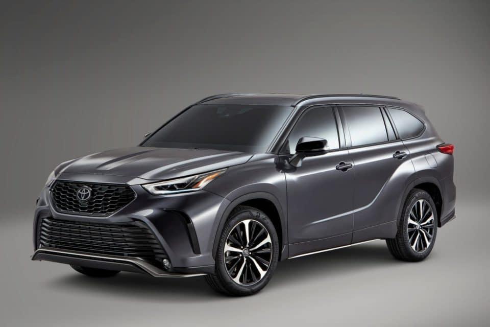 Dark gray 2021 Toyota Highlander SUV