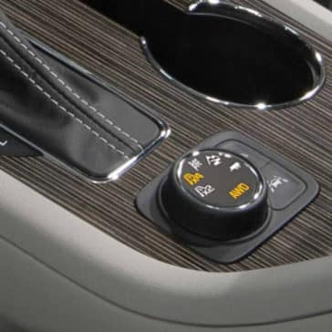 2018 GMC Acadia Interior Front Technology Features