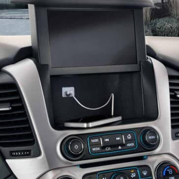 2018 GMC Yukon dashboard detail