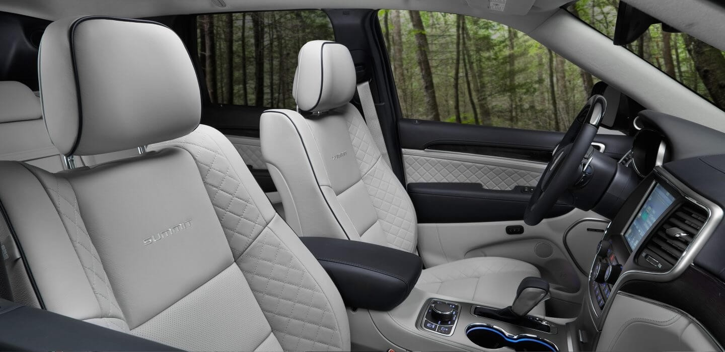 2017 Jeep Grand Cherokee seating