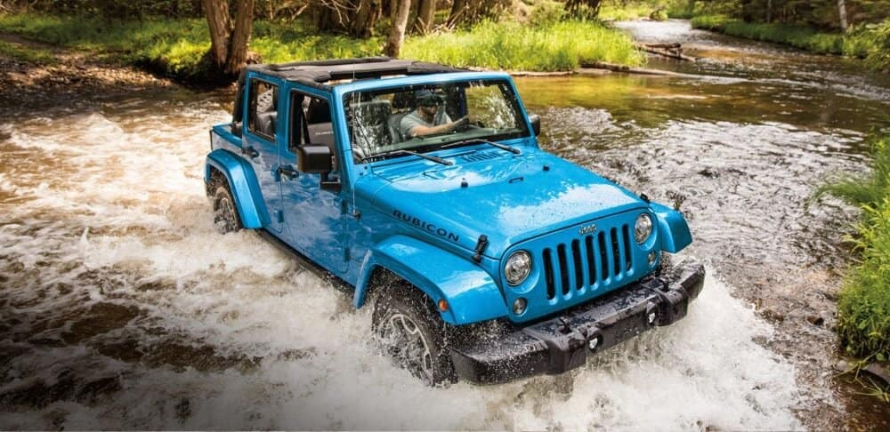 2018 Jeep Wrangler JK driving through water