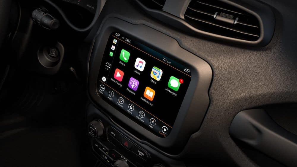 Apple CarPlay in 2019 Jeep Renegade