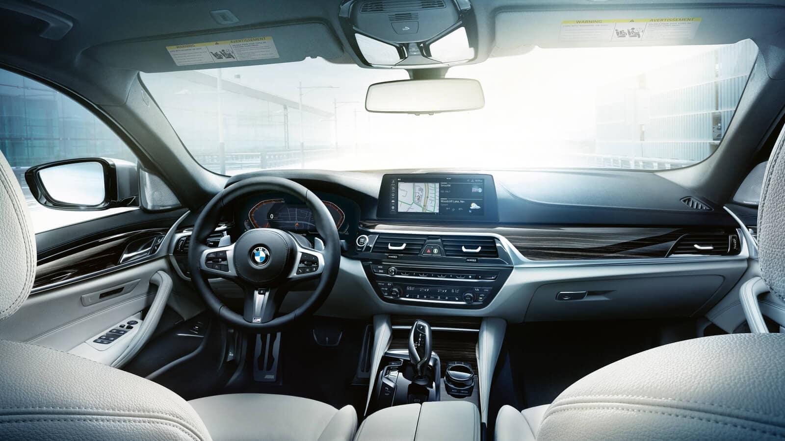 2020 5 Series Interior