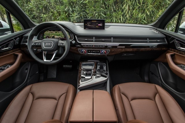 The Classy 2018 Audi Q7 is Available at Our Wesley Chapel Dealer