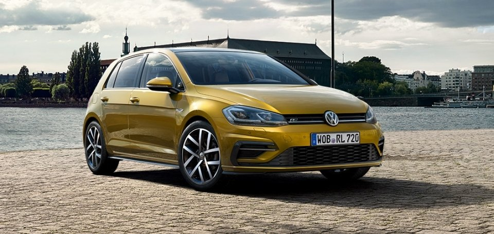 2017 Volkswagen Golf in Stock | Esquire's #1 Car | Reeves VW