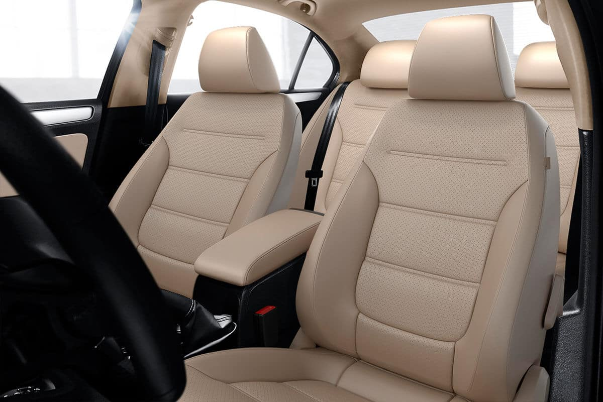 2018 Volkswagen Jetta interior