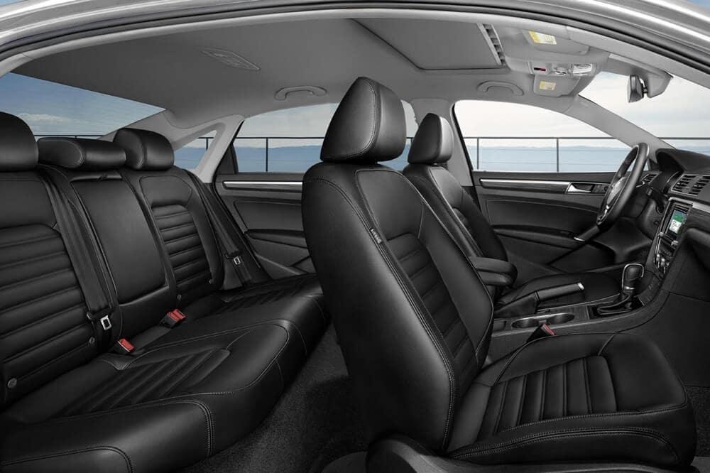 2018 Volkswagen Passat interior seating