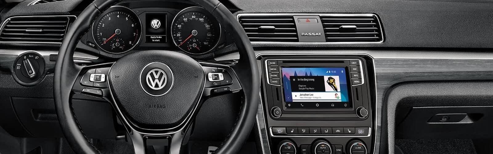 2018 Volkswagen Passat Features 01
