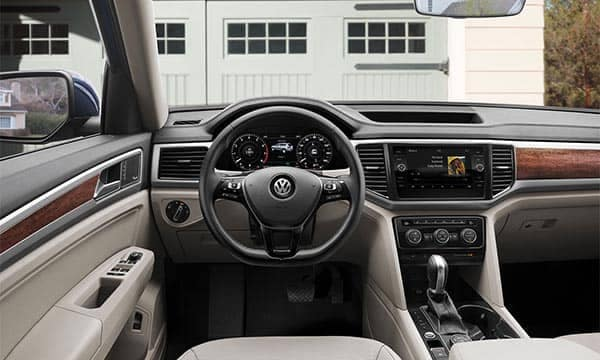 2018 Volkswagen Atlas Interior Front Seating and Dashboard