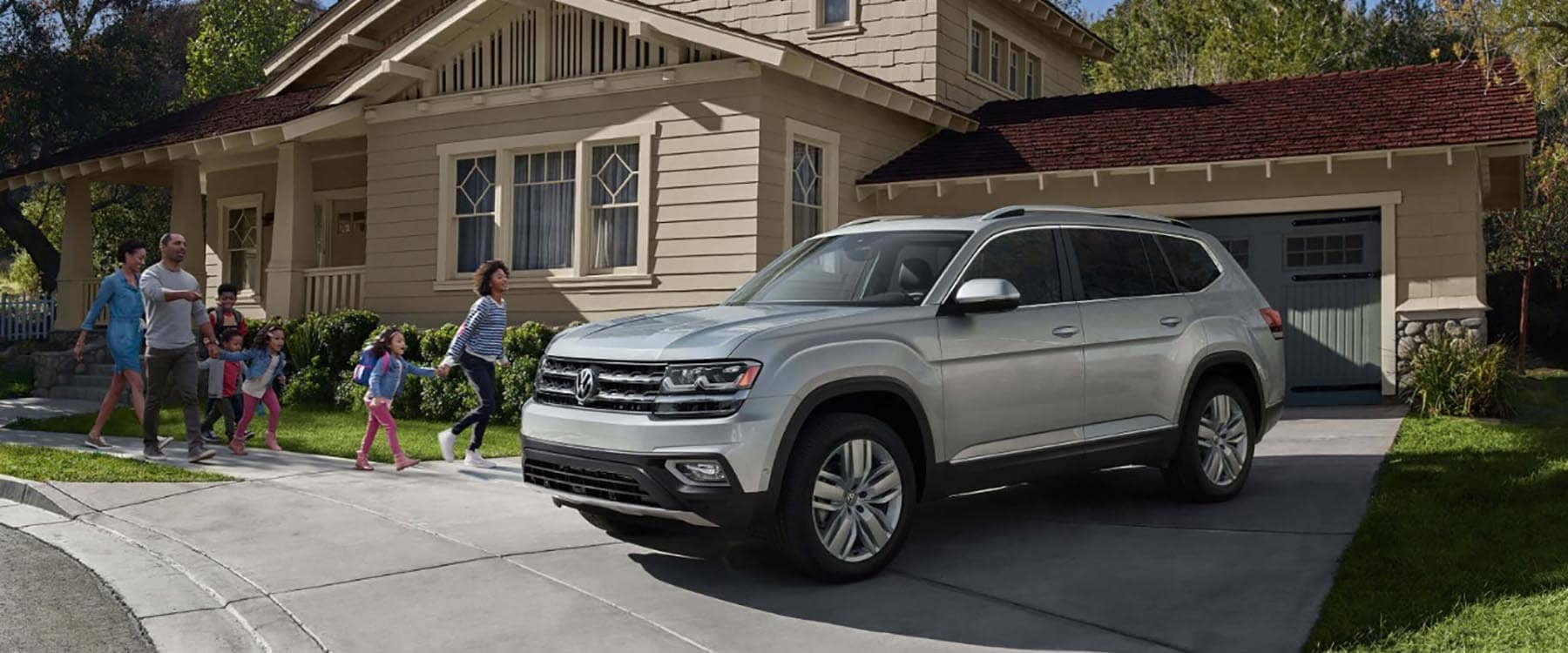 2018 Volkswagen Atlas Parked Outside Home