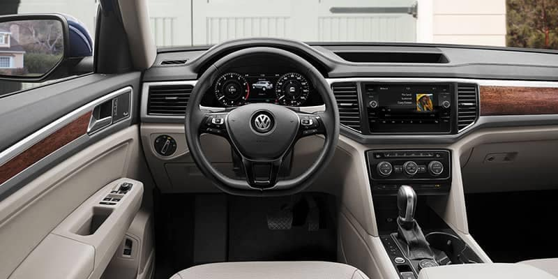 2018 Volkswagen Atlas Interior Dashboard Features