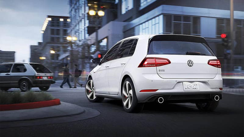2018 Volkswagen Golf GTI Driving