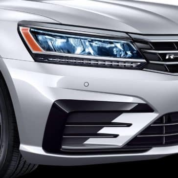 2019 Volkswagen Passat Headlight