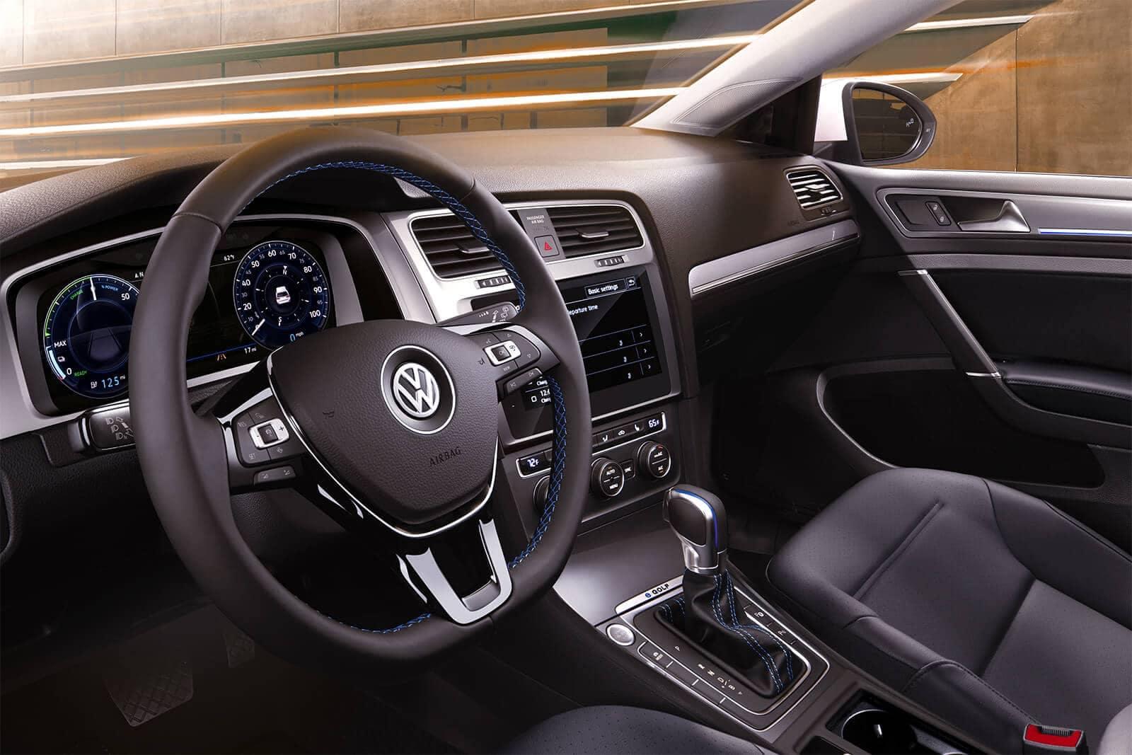 2019 Volkswagen e-Golf interior drivers seat