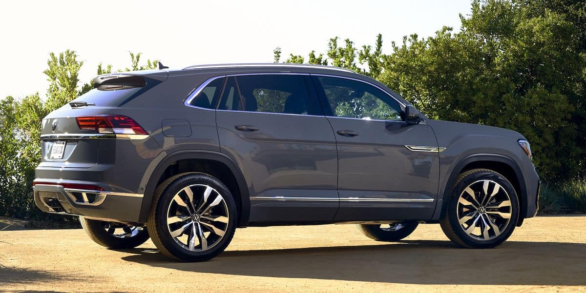 2020 Vw Atlas Cross Sport Review Learn About The Interior Colors And More Reeves Volkswagen